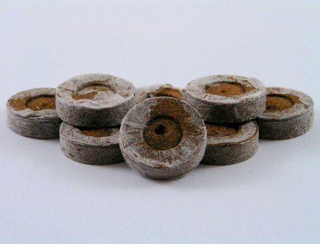 Кокосовая таблетка в сеточке Джиффи d50 мм для рассады